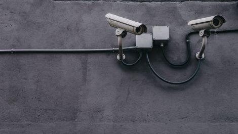 Segurança x privacidade no uso de câmeras de segurança no condomínio: qual o limite?